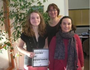 Marianne Lemberet avec ses professeurs Sylvie Martin et Claudine Drogrey
